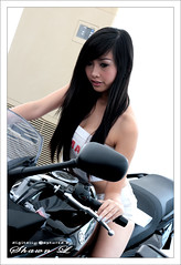 Babes & Bikes (surfingbanana) Tags: bikes harley babes highfive amateurs abeauty amateurshighfive invitedphotosonly