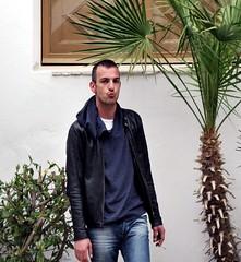 34!!!! (<NERVO> Luca) Tags: portrait man guy luca uomo ibiza compleanno ritratto ragazzo spegna