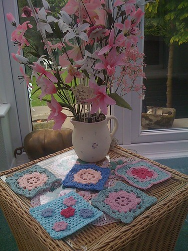 Pretty Flower Squares from Gibraltar Louise arrived today! Aren't they just wonderful? So delicate!