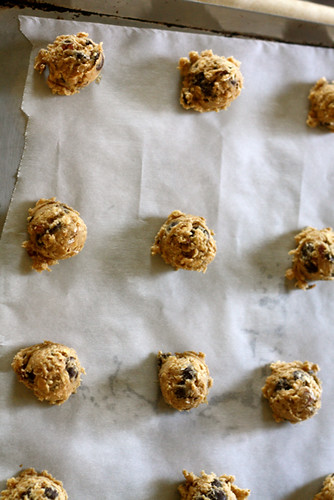 Oatmeal Pecan Chocolate Chip Cookies