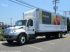 J. B. Hunt DCS International DuraStar / Morgan Box Truck - 346093 (FormerWMDriver) Tags: truck gate lift box international delivery jb local contract morgan dedicated services dcs ih ihc jbhunt 346093