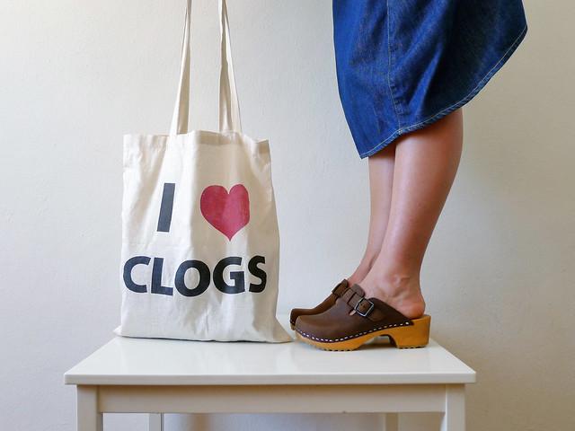 I ♥ clogs