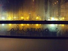 no sabria (alterna ) Tags: chile calle lluvia mac mural foto tag natalia urbano boba fotografia valdivia caceres alterna alternativa 2011 grafftiti superboba alternaboba valdivia2011 1ersimposiodecreacinurbanamuralesygraffiti callejeria