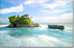 dreamin' ('PixelPlacebo') Tags: longexposure sea bali water indonesia temple foam d200 tanahlot 8s nd400 seatemple purah nirartha