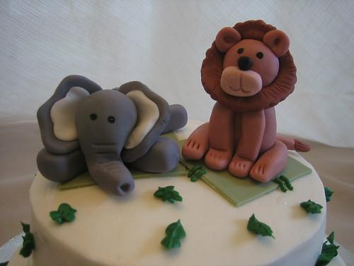 Jungle Animals - Close Up Elephant & Lion