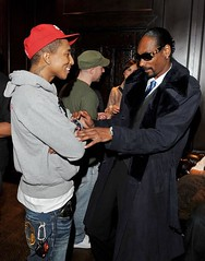 snoop checking out phareal .... no homo