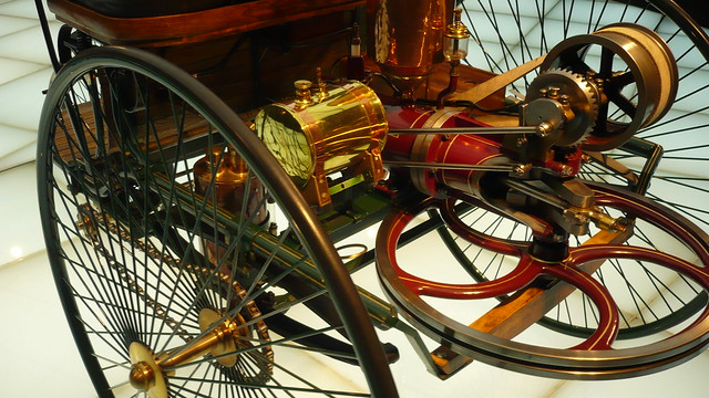 Patent-Motorwagen = the first motor - carriage  , inventor is  Karl Benz 1886