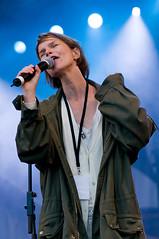 Anna Järvinen (mrksaari) Tags: show anna music concert helsinki nikon live gig pop kauppatori 80200 d300 80200mmf28d järvinen fromswedenwithlove helsinginsatamafestivaali lastfm:event=605348