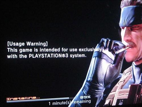 [Snake dice…] Los ganadores usan PlayStation 3… Y fuman
