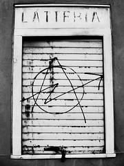 latteria, anarchia! (andrea orciari) Tags: 2007 girovagando