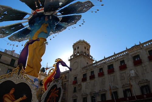 Hoguera Oficial en el Ayuntamiento de Alicante