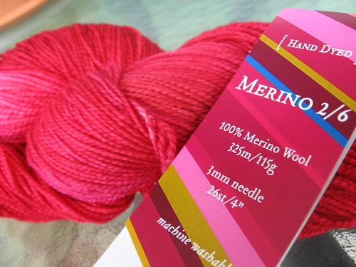 fleece artist merino sock 2/6 ruby red