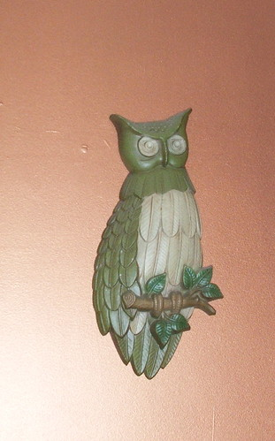 Retro 70's Green Owl Wall Hanging Plaque
