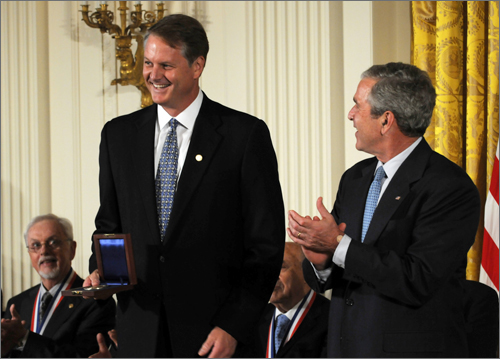 John Donahoe with President George W. Bush