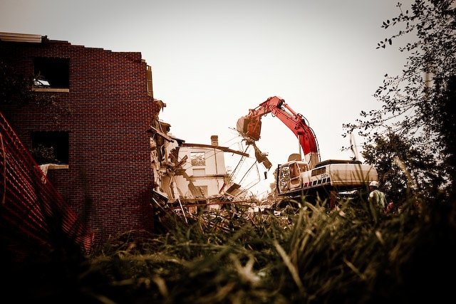 demolition of oakwood dorm