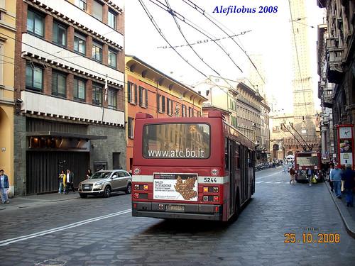 Bologna: Iveco n°5244  e video!