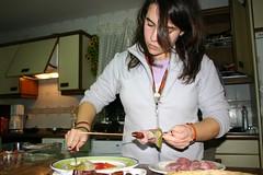 02 Sara cocinando