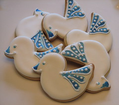 Delft Tile-inspired Baby Duckie Cookies (Whipped Bakeshop) Tags: dutch scandanavian babyshowercookies paintedcookies dutchcookies onesiecookies zoelukas whippedbakeshop handpaintedcookies rattlecookies scandanaviancookies dutchtilecookies bestofphilly2010 philadelphiacakescookiesandcupcakes