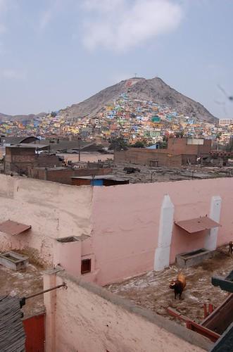 Toril de Acho y cerro San Cristóbal