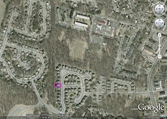 #2 neighborhood context (image by Google Earth, marking by me)