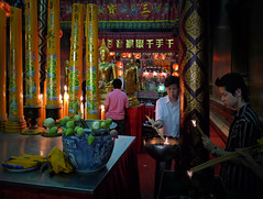 Lighting joss sticks as an offer to the gods (Bn) Tags: worship buddhist unesco monks josssticks chinesetemple ayutthaya chaophrayariver goldenbuddha vihara worldheritagesites lotusflowers amazingthailand blueribbonwinner worshippers incensesticks supershot werelderfgoed luangpoto offeringtothegods cityofkings menamriver worldheritagemonuments strongestpowerinindochina wealthiestcityintheeast formercapitalofthailand siamesekingdom friendlytowardsforeigntraders theruinsofthehistoriccityofayutthaya kingdomayutthaya 19mhighbuddhastatue enormousgoldenbuddha stopoverforriverboatcruises alongthemaenamchaophraya seatedbuddhaimage mostreveredbytheinhabitantsofayutthaya watphrachaophananchoeng watpanangchoeng beforethefoundingofayutthaya thismonasterylocatedsouthofphranakhonsiayutthaya godsspiritsandancestors worshipersinthetemple makingofferings candlesflowerwaterandfruitofferings lightingjosssticksasanoffertothegods
