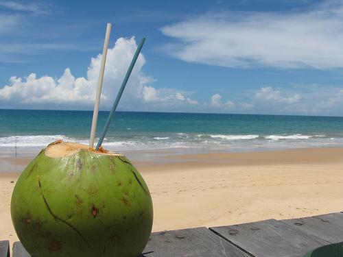 benefícios água de coco