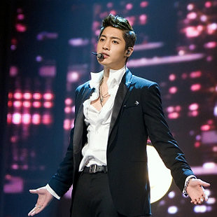 {News} Kim Hyun Joong Shares His Imprisoned Story While Vacationing in Jeju Island