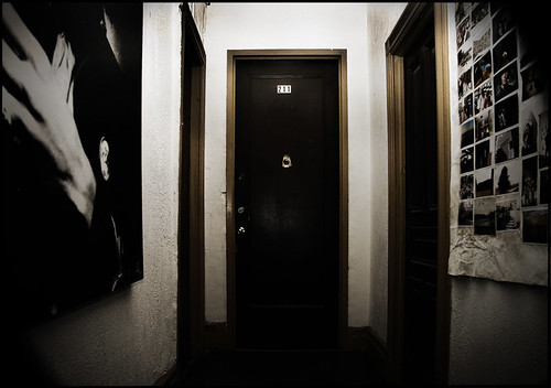 Suite 211