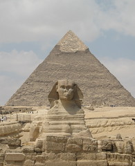 Sphinx of Giza and Kheops pyramid (girolame) Tags: sphinx egypt pyramide giza egypte ucpa ixus50 guizeh