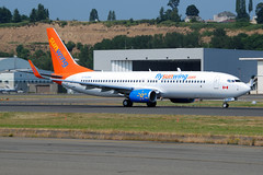 SunWing C-FLSW (Drewski2112) Tags: seattle county sun field washington airport king wing international boeing airlines 737 charters 737800 bfi sunwing kbfi cflsw