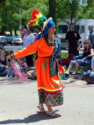 Glenview Fourth of July Parade: Bolivian Dancer 1