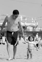 Not Happy (rlnv) Tags: california blackandwhite beach pier losangeles santamonica gabe elena southerncalifornia californiastateparks 105mmf25ai nikond40x