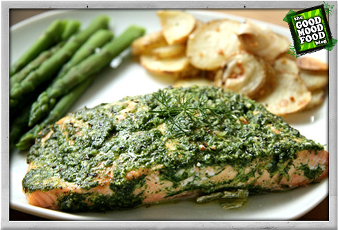 :: BAKED DILL AND GARLIC SALMON