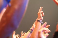 Rock Zottegem IMG_2278 (Rongyos 1997) Tags: hands floggingmolly handsintheair rockzottegem