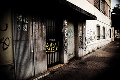 Punk (pinhead1769) Tags: city espaa calle spain punk grafitti andalucia alhambra granada verano 2008 generalife photoshopcreativo flickrlovers enriqueramos