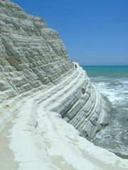 Chicane (leathst) Tags: mare cielo roccia spiaggia onde chicane scogliera realmonte scaladeiturchi