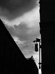 gargolismo / gargoylism (ix 2015) Tags: sunset sky mxico backlight contrast contraluz mexico atardecer df himmel diagonal gargoyle ciel cielo contraste grgola ocaso gargouille contrejour grgola centrohistrico grgula oblicuo oblicua edificiodecorreos israfel67 grotesktansikte