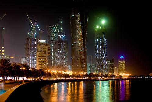 """الدولة الاغنى في العالم خبراء فرنسيون: قطر ستصبح """"سويسرا الخليج"""""""