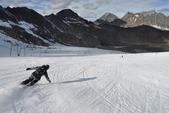 Full speed (ristok) Tags: travel alps speed nikon skiing carving 2008 d90 neustift stubaigletscher