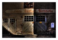 the door is closed (bikemoments.com) Tags: door dark nikon tor tr dunkel riedenburg nikond90