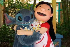 WDW Sept 2008 - Meeting Lilo and Stitch