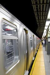 Endless Train (heimdalsgata) Tags: nyc newyorkcity people usa newyork car yellow train canon subway manhattan mta publictransport endless newyorkcitysubway