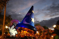 Walt Disney World - MGM Hollywood Studios (Explored!) (Vanessa Guzan) Tags: world pictures blue sunset sky people moon colors yellow clouds lights star orlando hands nikon colorful glow florida magic disney mickey disneyworld hollywood mickeymouse movies wdw waltdisneyworld studios walt 2008 mgm themepark magickingdom giftshop waltdisney lakebuenavista disneysmgmstudios waltdisneyworldresort d80 nikond80 disneyparks disneyatnight disneypics disneyphotos disneyshollywoodstudios disneyphotochallenge disneyphotochallengewinner disneyphotography vanessaguzan disneyhollywoodstudios holywoodstudios behindthescenes 5stardisney 5stardisneyaward mgmstudios