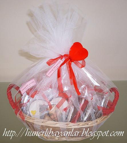 Evlilik yıl dönümü hediyesi fotoğraflı kurabiyeler