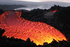 And it flows flows flows... (Thomas Reichart ) Tags: oktober nature landscape volcano lava october glow sicily 2008 etna eruption forces vulkan sizilien lavaflow vulkane glhen ausbruch tna lavastrom balledelbove