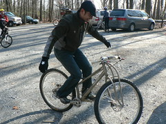 Apres Ride Handless Hopping in Parking Lot (bundokbiker) Tags: bike jones mountainbike mtb singlespeed titanium gambrill jeffjones rigid spaceframe deleyos singlespeedoutlaw ssoft chazelle rlatemm