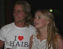 Hair op zoek naar haar