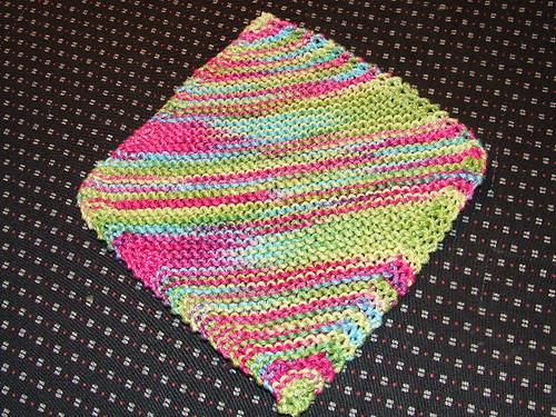 Knitting little items 2386595126_8f9ac9d354