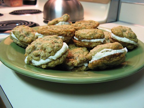 oatmeal_cream_cookies