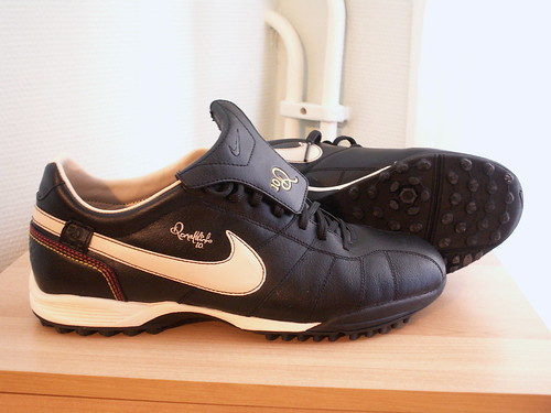 football shoes ronaldinho nike fotboll fotbollsskor tiempoguritf